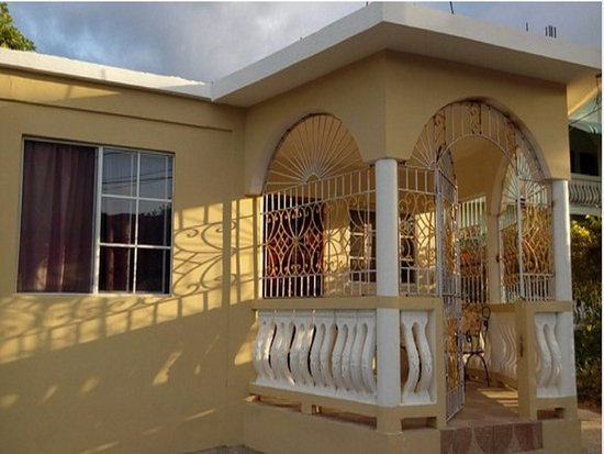Reggae Moon Guest House Updated 2019 Prices Reviews Amp Photos Trelawny Parish Jamaica