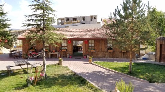 Ortahisar, Turkiet: The entrance to the Tandir Cafe
