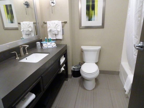 Norman, OK: bathroom