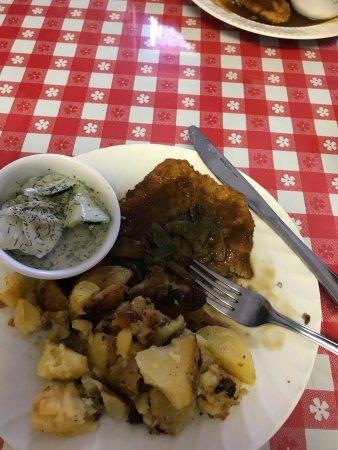 The German Cafe: Jagerschnitzel!