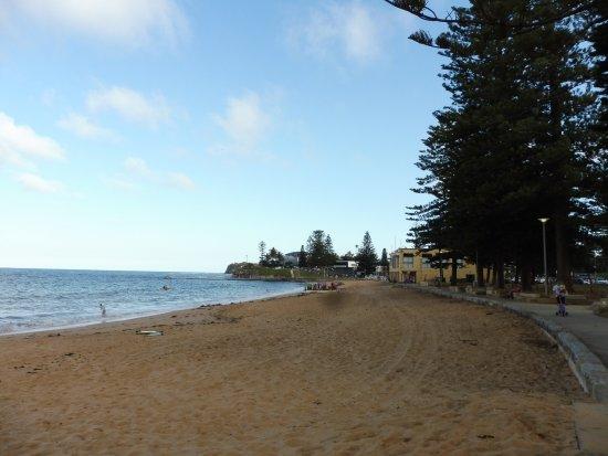 Collaroy Beach, Αυστραλία: コロロイビーチから遊歩道完備でアクセスは完璧?
