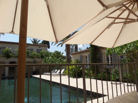 Pastis Hotel St Tropez: The rooms in the separate block at the end of the garden are delightful, and the quietest in the