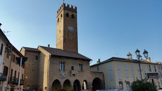 Palazzo Pretorio -Castello dei Torriani e Bandello