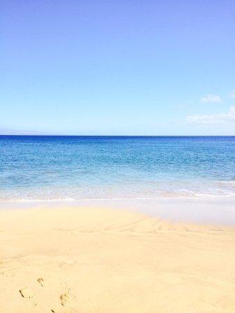 Kahekili Beach Park: Crystal clear water