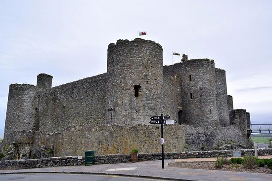 Harlech, UK: View from the road, showing a bit of the new footbridge