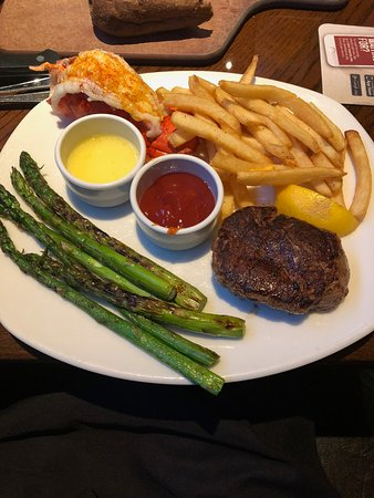 Bel Air, MD: Surf and Turf Filet Mignon and Lobster Tail
