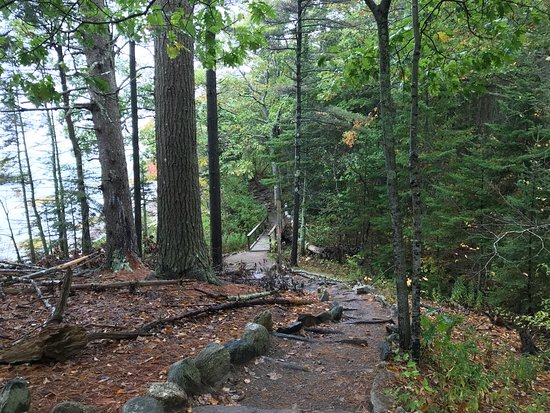 Freeport, ME: Great trail and views. Easy walking. Good for kids and dogs. Bathrooms available