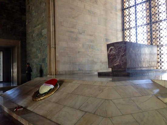 Le mausolée Anitkabir : FB_IMG_1508063657995_large.jpg