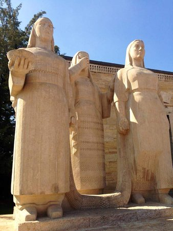 Le mausolée Anitkabir : FB_IMG_1508063727282_large.jpg