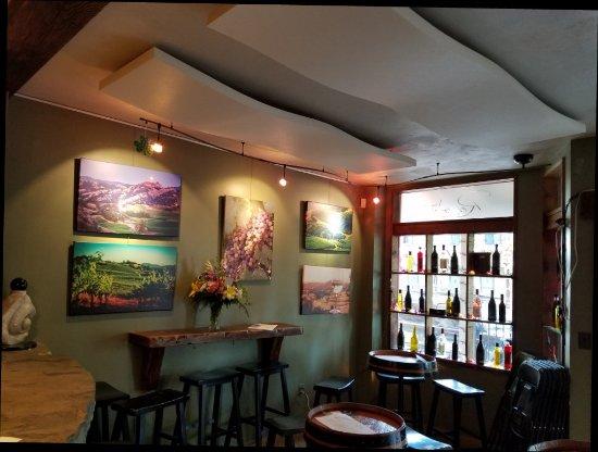 Murphys, Kaliforniya: Wonderful tasting room.