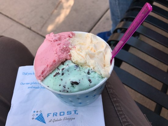 Naperville, IL: yummy strawberry champagne, chocolate mint and peach