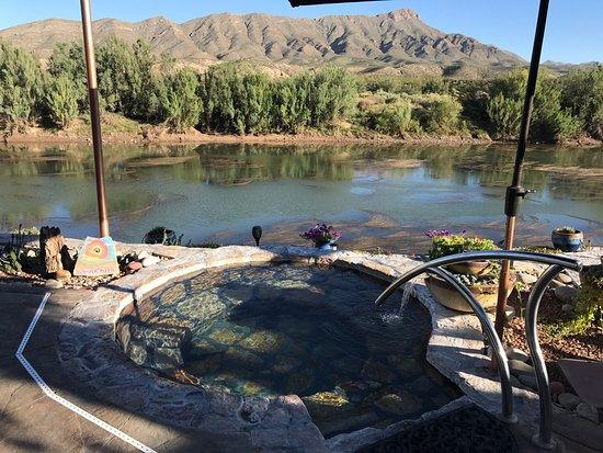 Riverbend Hot Springs: photo3.jpg