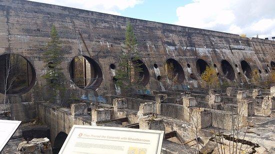 Shot of tthe Pinawa dam in Fall
