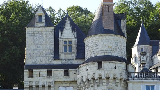Rigny-Usse, Γαλλία: Chateau turrets