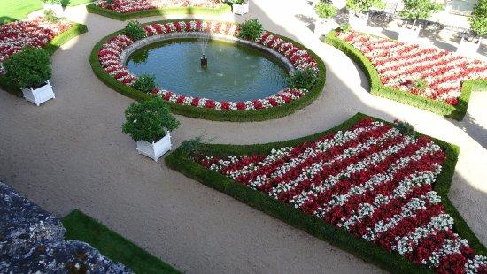 Rigny-Usse, Γαλλία: Formal garden