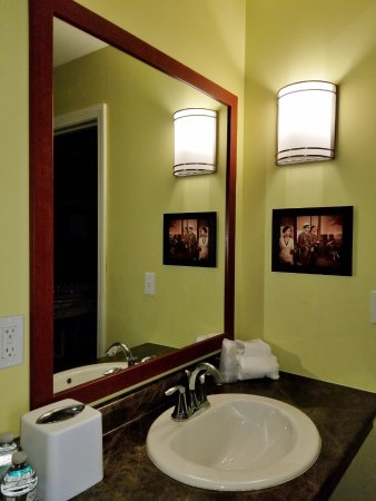 Colchester, VT: Second sink and mirror outside the bathroom