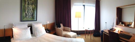 Swissotel Berlin: quarto