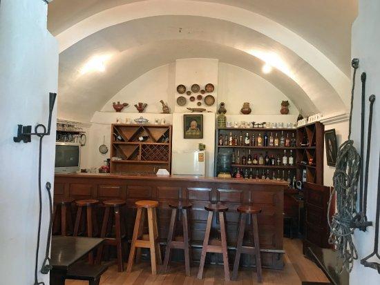 Lasso, Ecuador: bar