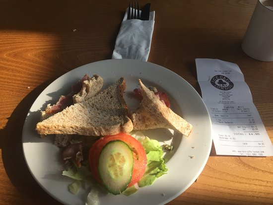 This is what they served at the ace cafe bacon with stale bread always perfect at CARLSBURGER