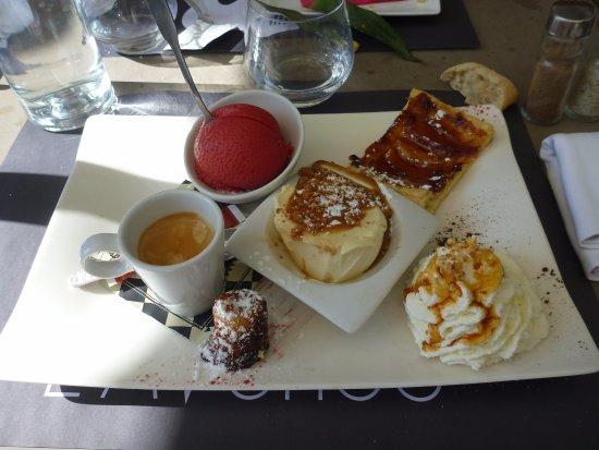 Tourves, Frankrijk: Café Gourmand 7,5€