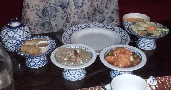 Silom Village Restaurant: Menú degustación tailandés