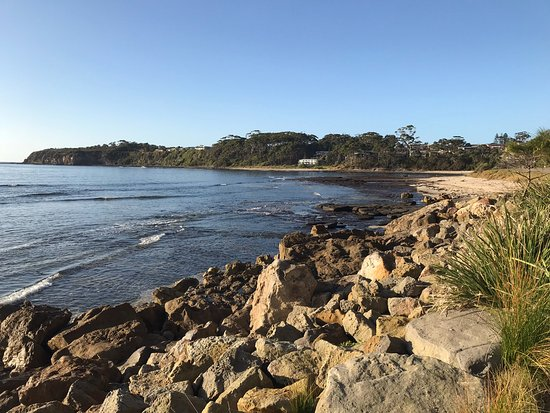 Mollymook, Australia: Beach near car park area