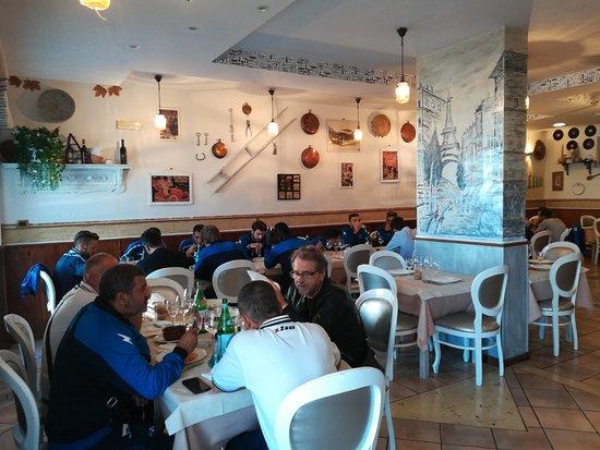 Casapulla, Italien: IMG_20171014_115413_large.jpg