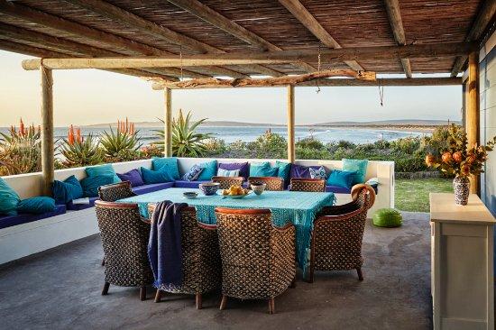Paternoster, Sør-Afrika: Large Patio for outdoor meals