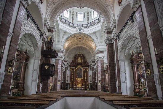 Jesuitenkirche interior picture of jesuit church for Interior design innsbruck