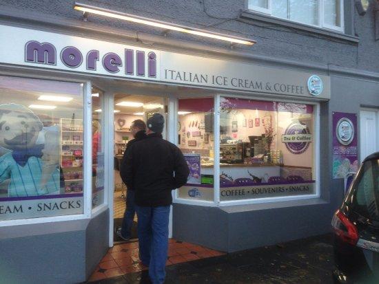 Ballycastle, UK: Shop Front