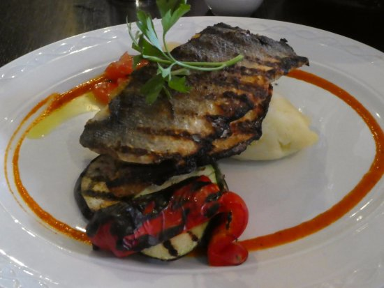 Maynooth, Ireland: Sea Bass mains with char veges