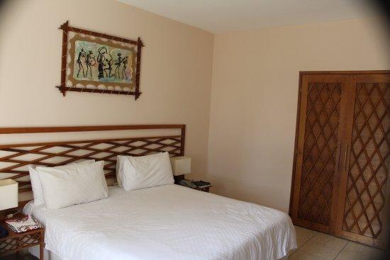 Royal Beach Hotel : Camera da letto