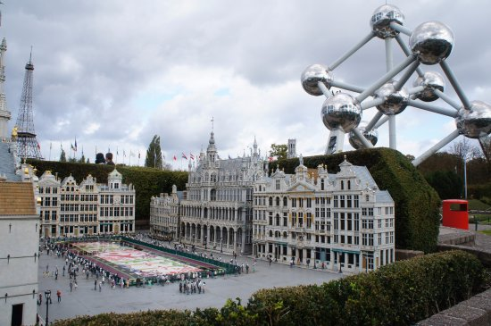 Mini-Europe : Brussels. Grand Place.