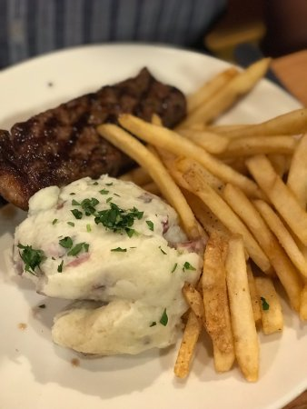 Applebee's: Steak and Chips