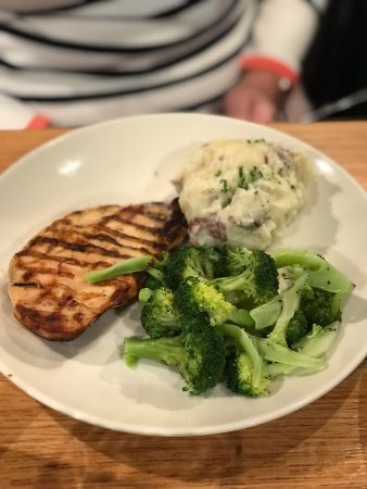 Applebee's: Chicken and MAsh