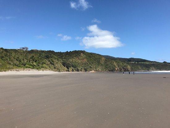 Ngarunui Beach: photo1.jpg