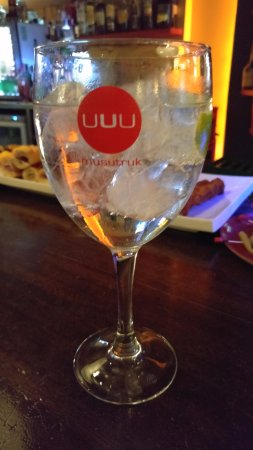 Gernika-Lumo, Spanien: Gin-tonic