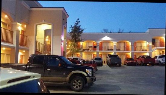 Big Spring, TX: Advantage Inn & Suites