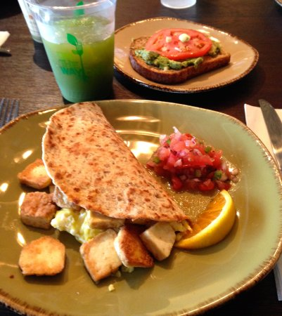 Mequon, WI: Yummy avocado toast and wegetarian burrito.