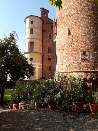 Pralormo, Italien: esterno del castello