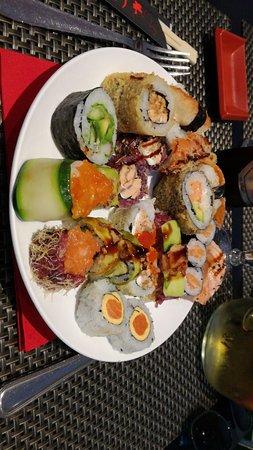 Restaurant Sakura Sushi & House : IMG-20171015-WA0007_large.jpg