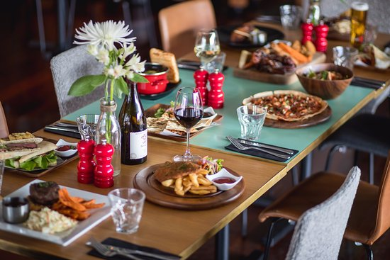 Wild Thyme Bar & Restaurant: Great stop for lunch or dinner