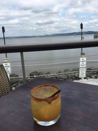 Piermont, NY: Menus, my pear and bourbon cider, my seafood pot, and my bees