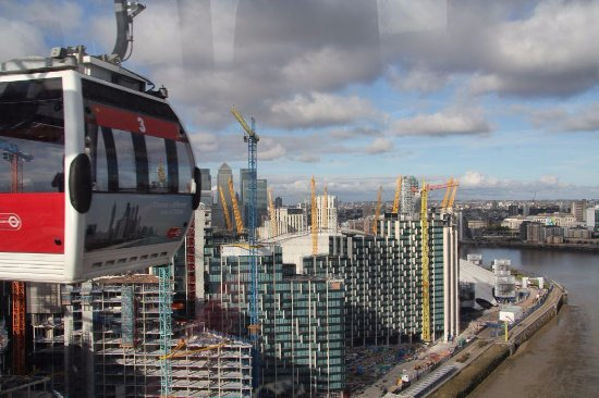 Emirates Air Line Cable Car - Royal Docks : Emirates Air Line Cable Car