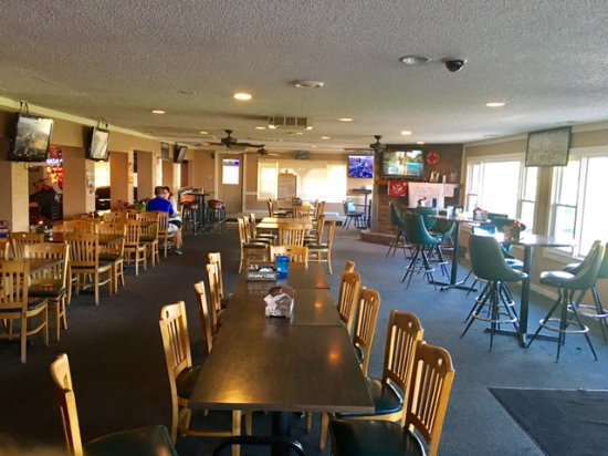 Decatur, IN: Double Eagle upper area of bar seating