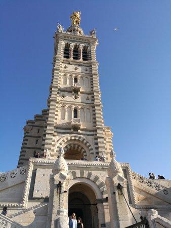 Petit Train Marseille : Notre Dame de la Garde