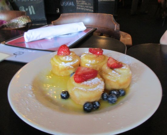 Silvertron Cafe: Orange Rolls (minus 1)