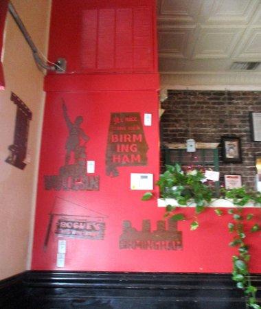 Silvertron Cafe: Interior wall