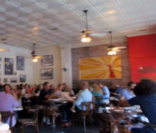 Silvertron Cafe: Interior dining