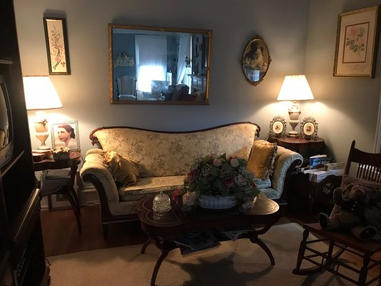 Pemberton, Nueva Jersey: Period pieces in living room